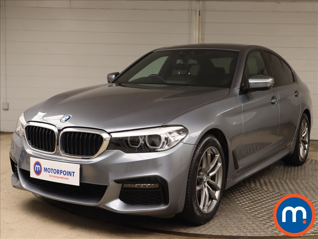BMW 5 Series 520d xDrive M Sport 4dr Auto - Stock Number 1144926 Passenger side front corner
