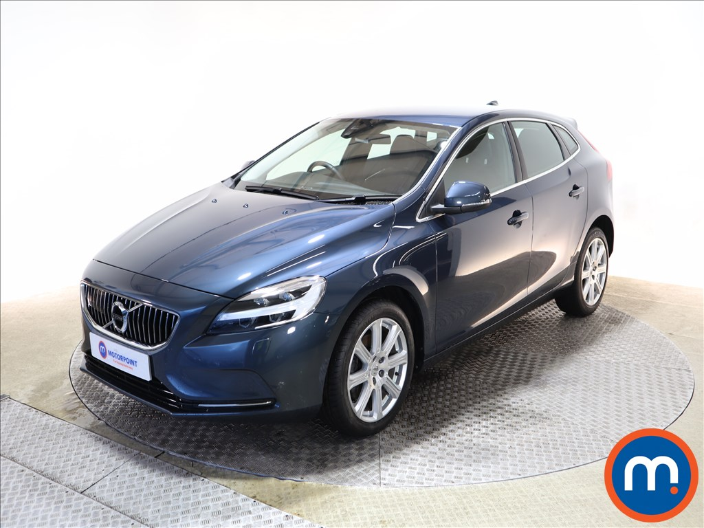 Volvo V40 T3 [152] Inscription 5dr - Stock Number 1149178 Passenger side front corner