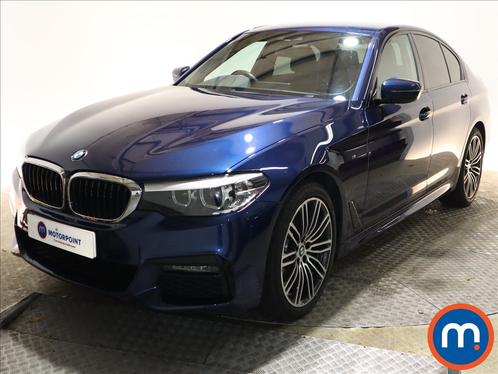 BMW 5 Series 520d xDrive M Sport 4dr Auto [Plus Pack] - Stock Number 1143749 Passenger side front corner