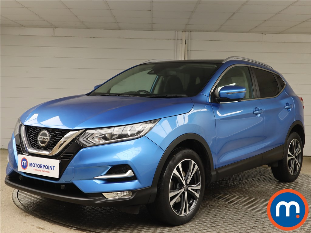 Nissan Qashqai 1.2 DiG-T N-Connecta [Glass Roof Pack] 5dr - Stock Number 1151189 Passenger side front corner
