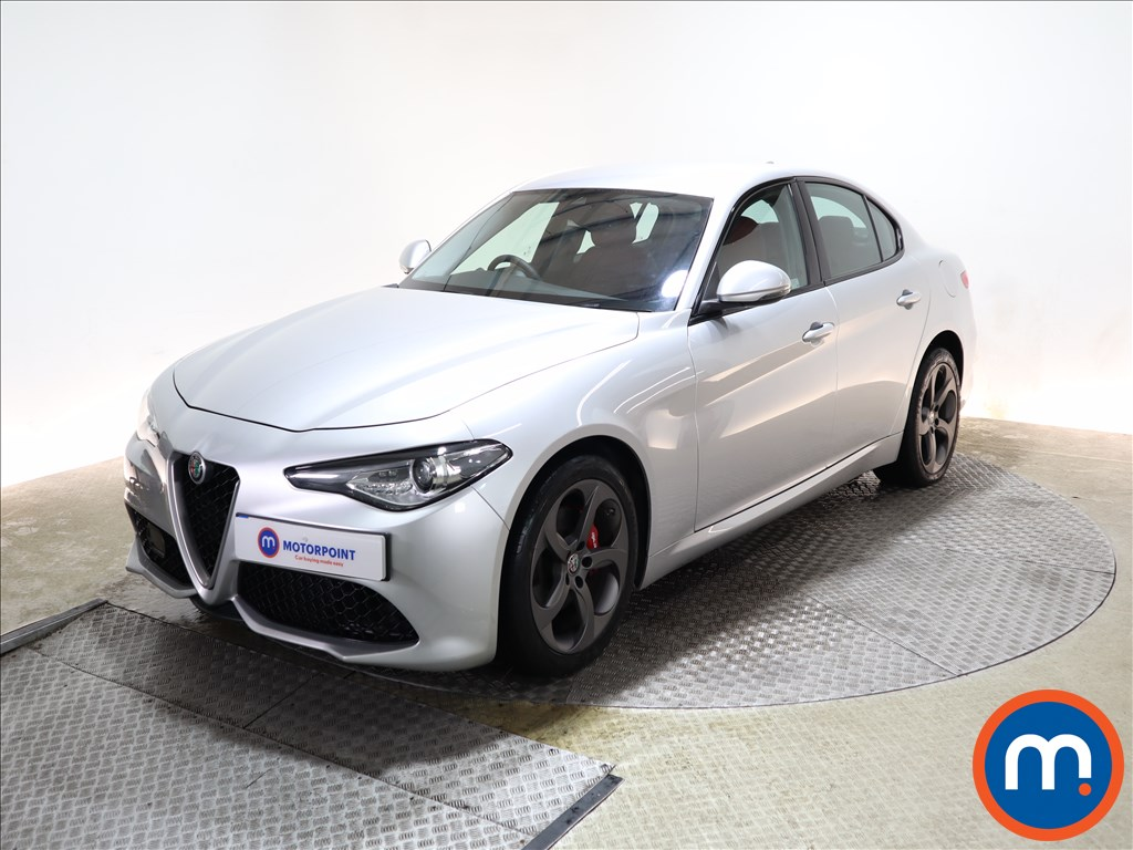 Alfa Romeo Giulia 2.2 JTDM-2 180 Speciale 4dr Auto - Stock Number 1104670 Passenger side front corner