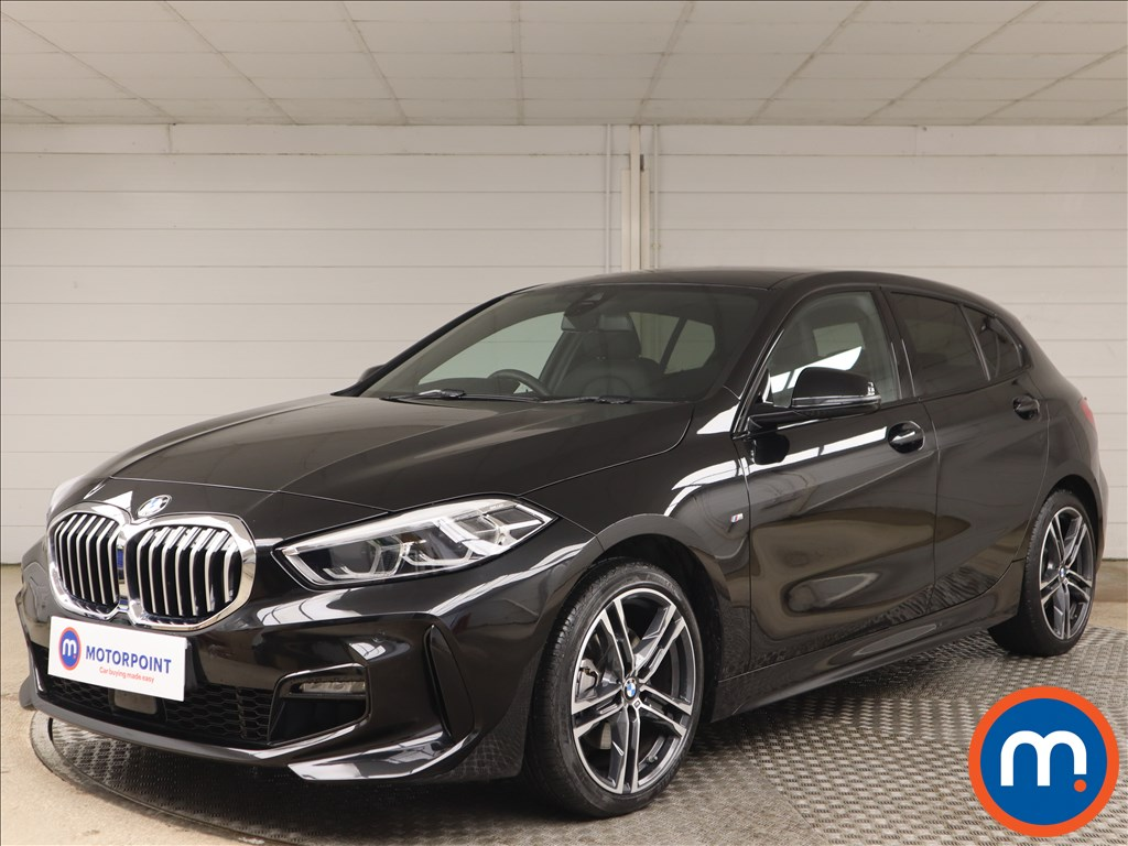 BMW 1 Series 118i M Sport 5dr - Stock Number 1153306 Passenger side front corner