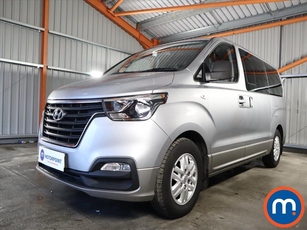 Hyundai I800 2.5 CRDi SE Nav 5dr - Stock Number 1155989 Passenger side front corner