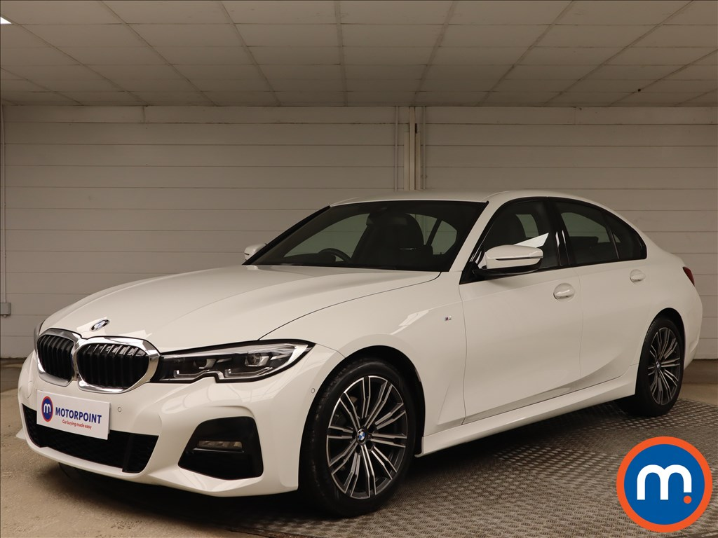BMW 3 Series 320i M Sport 4dr Step Auto - Stock Number 1155156 Passenger side front corner