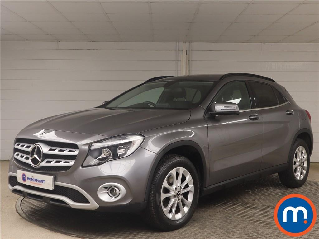 Mercedes-Benz GLA GLA 200d SE 5dr - Stock Number 1158188 Passenger side front corner