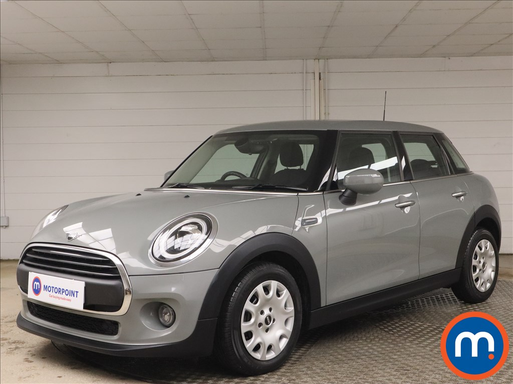Mini Hatchback 1.5 One Classic II 5dr [Comfort-Nav Pack] - Stock Number 1155365 Passenger side front corner