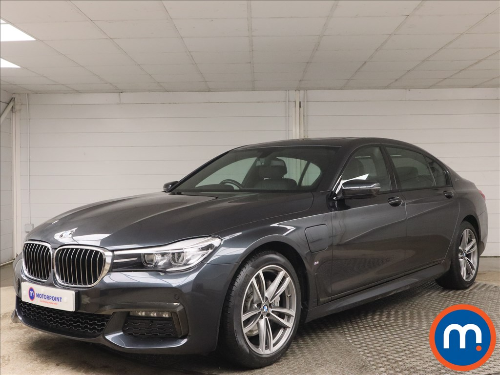 BMW 7 Series 740Le xDrive M Sport 4dr Auto - Stock Number 1159608 Passenger side front corner