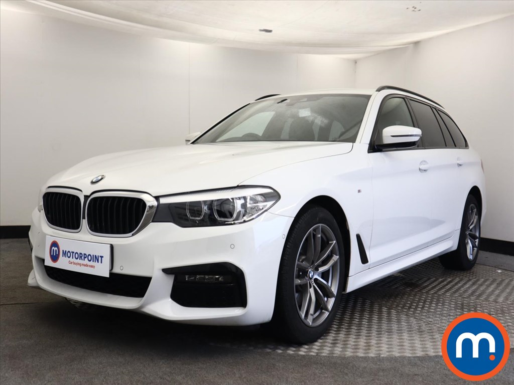 BMW 5 Series 520i M Sport 5dr Auto - Stock Number 1161388 Passenger side front corner