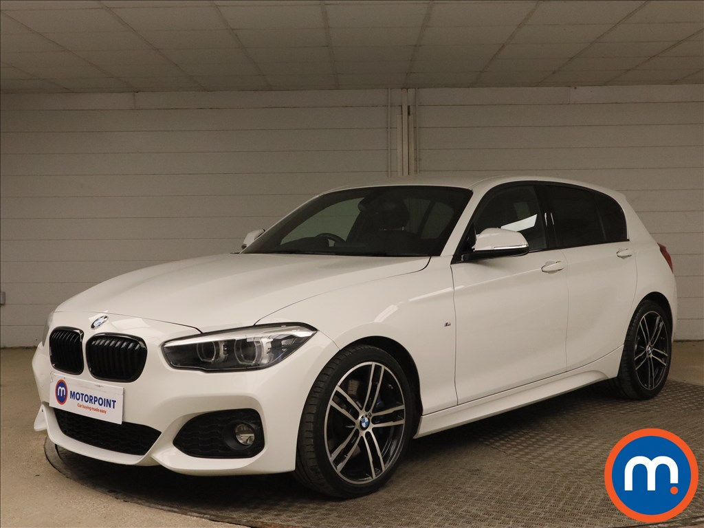 BMW 1 Series 118i [1.5] M Sport Shadow Ed 5dr Step Auto - Stock Number 1161128 Passenger side front corner