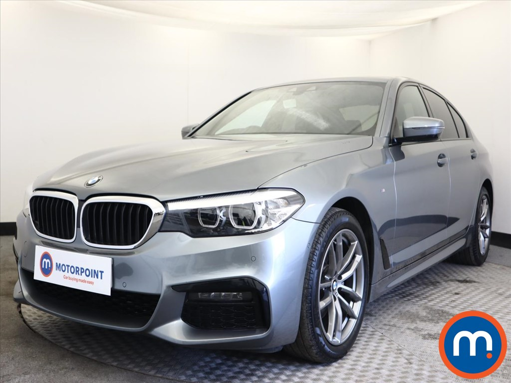 BMW 5 Series 520d M Sport 4dr Auto - Stock Number 1164049 Passenger side front corner