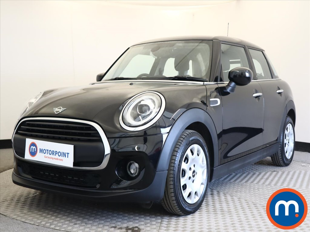 Mini Hatchback 1.5 One Classic II 5dr [Comfort Pack] - Stock Number 1165352 Passenger side front corner