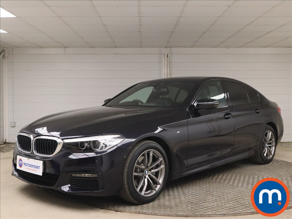 BMW 5 Series 520d M Sport 4dr Auto - Stock Number 1167698 Passenger side front corner