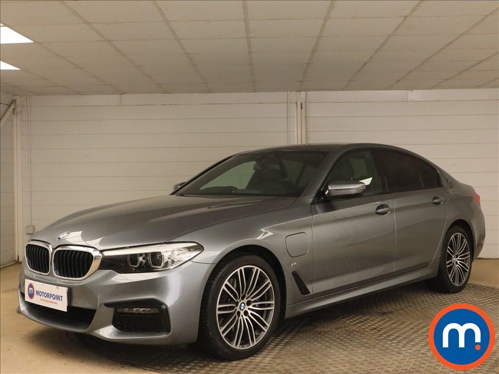 BMW 5 Series 530e M Sport 4dr Auto - Stock Number 1171295 Passenger side front corner