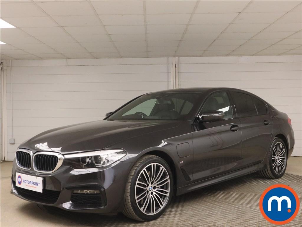 BMW 5 Series 530e M Sport 4dr Auto - Stock Number 1171588 Passenger side front corner