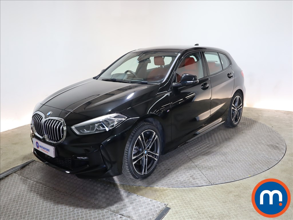 BMW 1 Series 118i M Sport 5dr Step Auto - Stock Number 1170247 Passenger side front corner