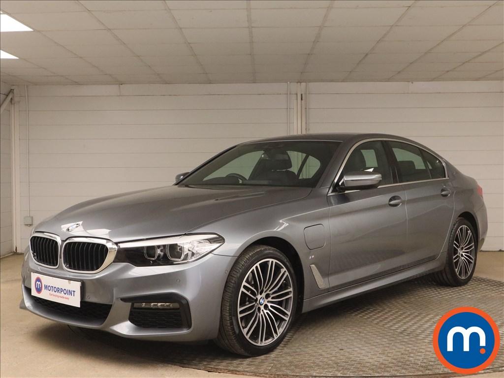 BMW 5 Series 530e M Sport 4dr Auto - Stock Number 1173815 Passenger side front corner
