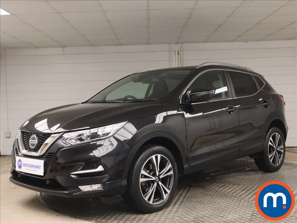 Nissan Qashqai 1.3 DiG-T 160 N-Connecta 5dr [Glass Roof Pack] - Stock Number 1178110 Passenger side front corner