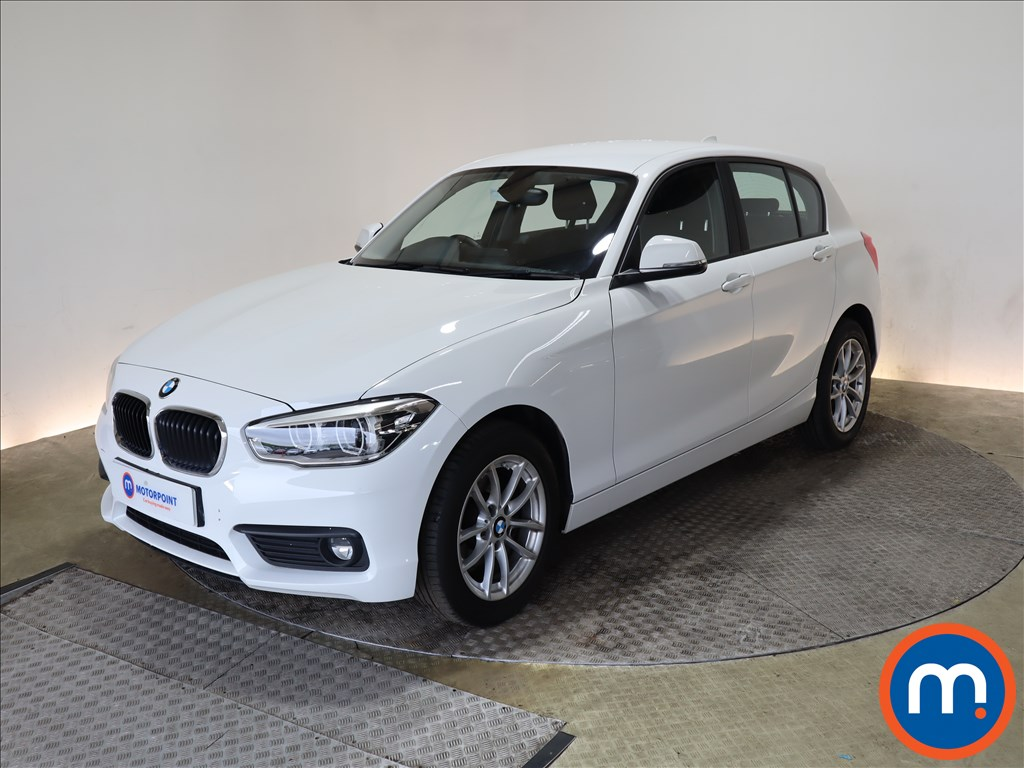 BMW 1 Series 116d SE Business 5dr [Nav-Servotronic] - Stock Number 1183158 Passenger side front corner