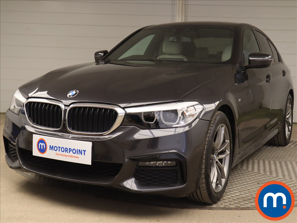 BMW 5 Series 520d M Sport 4dr Auto - Stock Number 1198195 Passenger side front corner