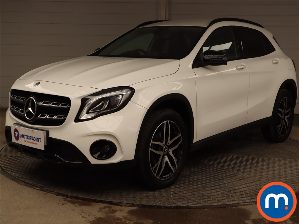 Mercedes-Benz GLA GLA 180 Urban Edition 5dr - Stock Number 1214065 Passenger side front corner