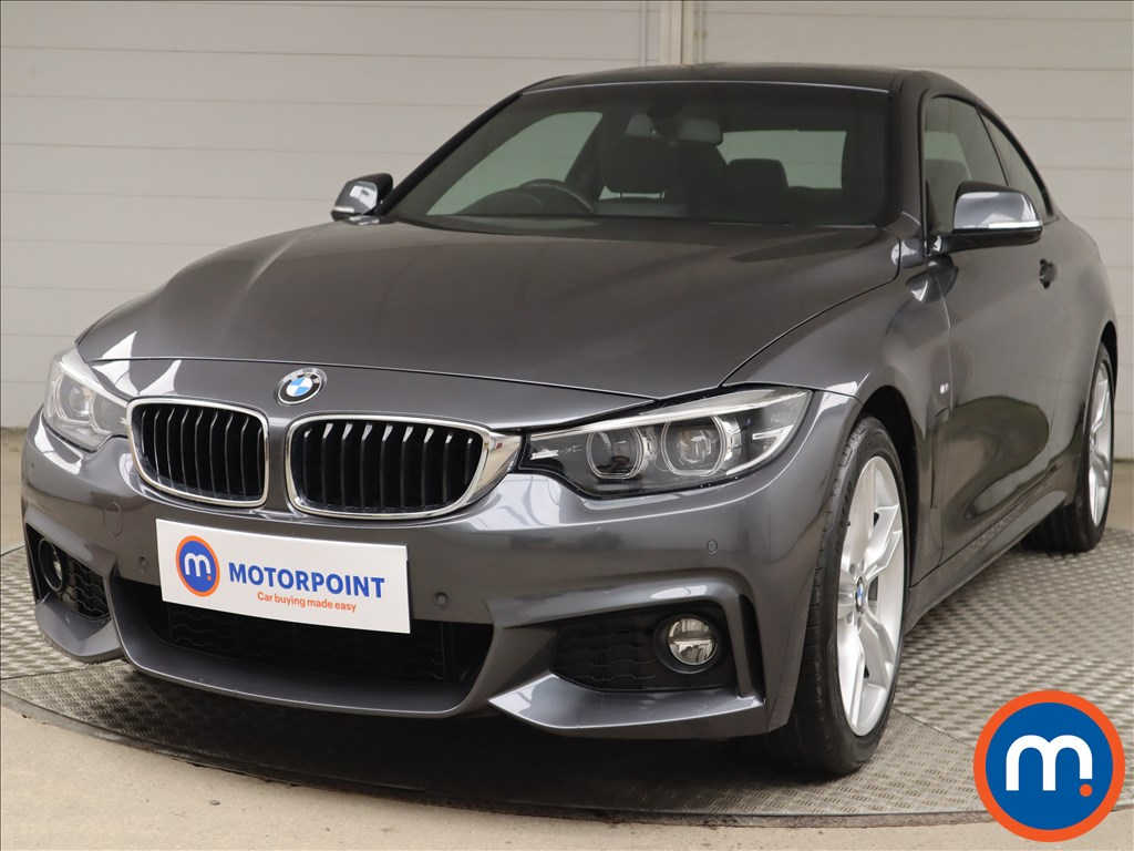 BMW 4 Series 420i M Sport 2dr Auto [Professional Media] - Stock Number 1217557 Passenger side front corner