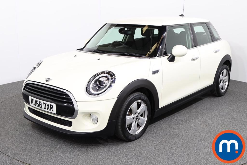 Mini Hatchback 1.5 Cooper II 5dr Auto - Stock Number 1138758 Passenger side front corner