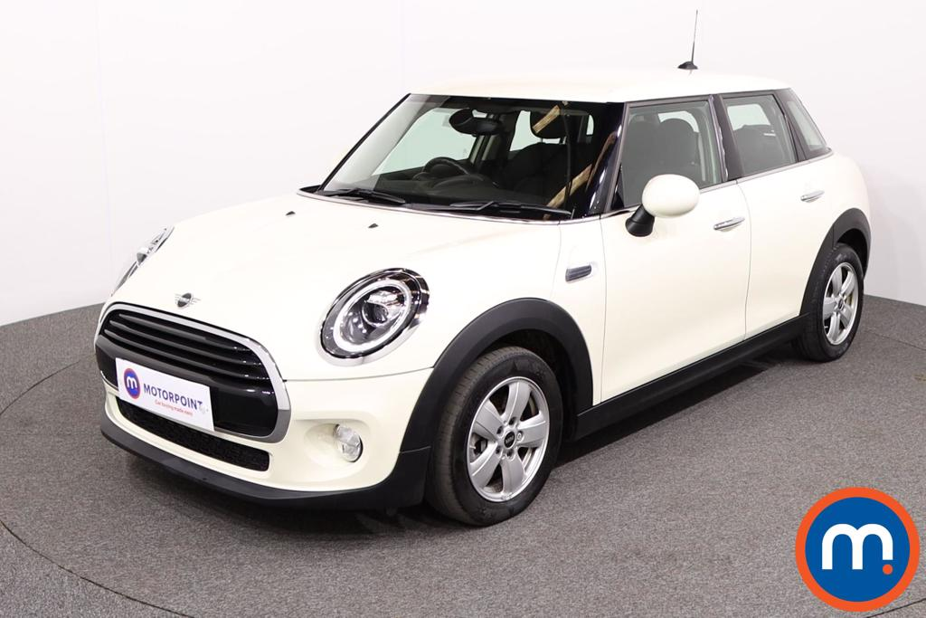Mini Hatchback 1.5 Cooper II 5dr Auto - Stock Number 1140383 Passenger side front corner