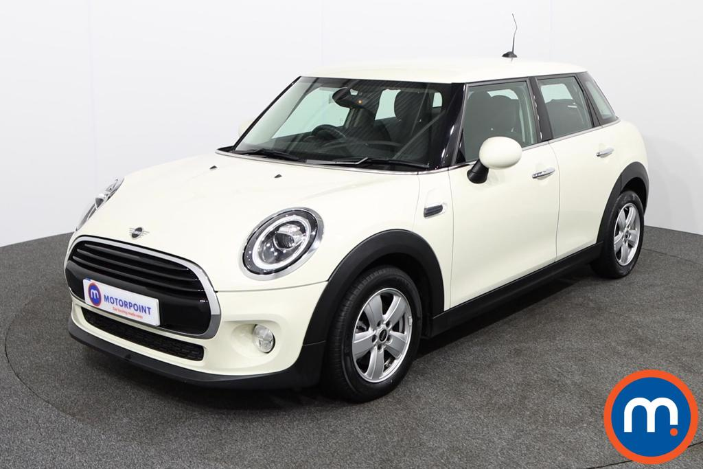 Mini Hatchback 1.5 Cooper II 5dr Auto - Stock Number 1140847 Passenger side front corner