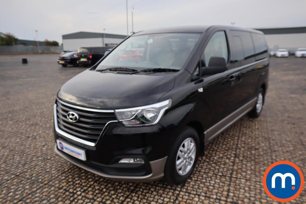 Hyundai I800 SE Nav - Stock Number 1122546 Passenger side front corner