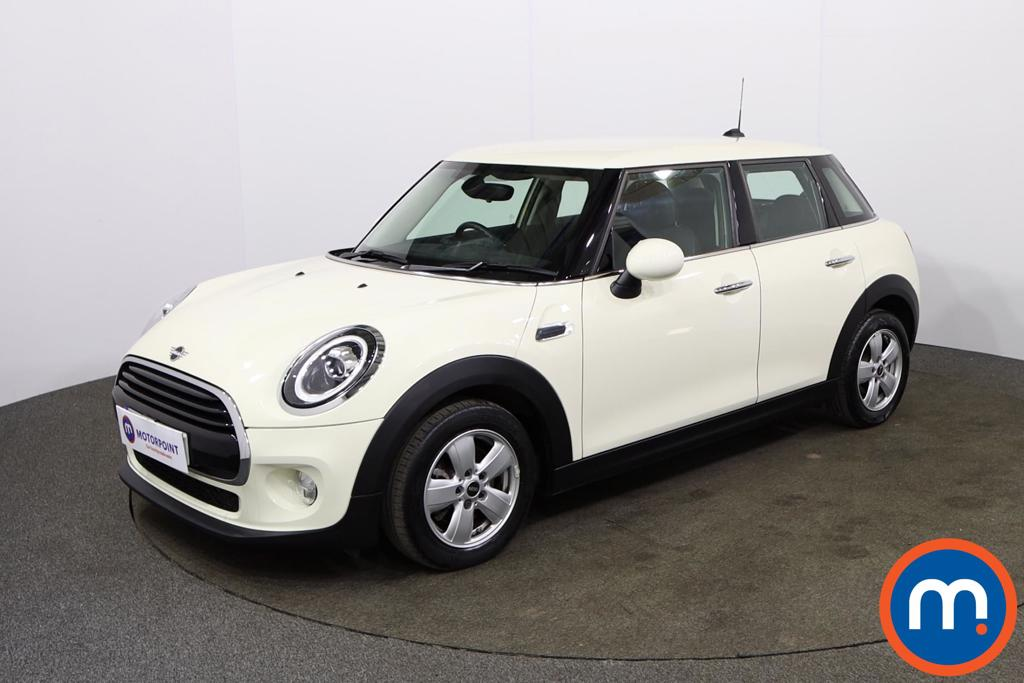 Mini Hatchback 1.5 Cooper II 5dr Auto - Stock Number 1140361 Passenger side front corner