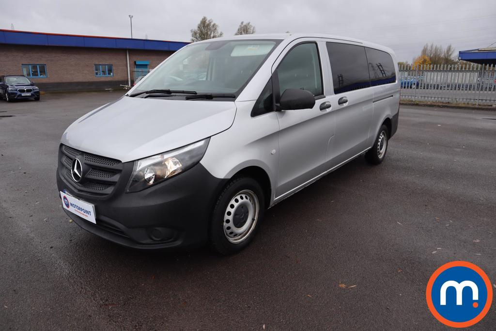 Mercedes-Benz Vito 114 CDI Pro 8-Seater - Stock Number 1125602 Passenger side front corner