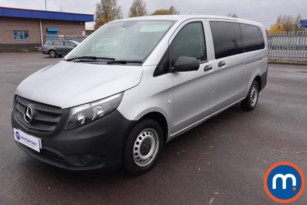 Mercedes-Benz Vito 114 CDI Pro 8-Seater - Stock Number 1125604 Passenger side front corner