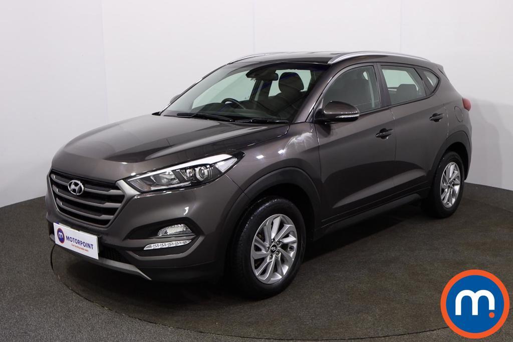 Hyundai Tucson SE - Stock Number 1146302 Passenger side front corner