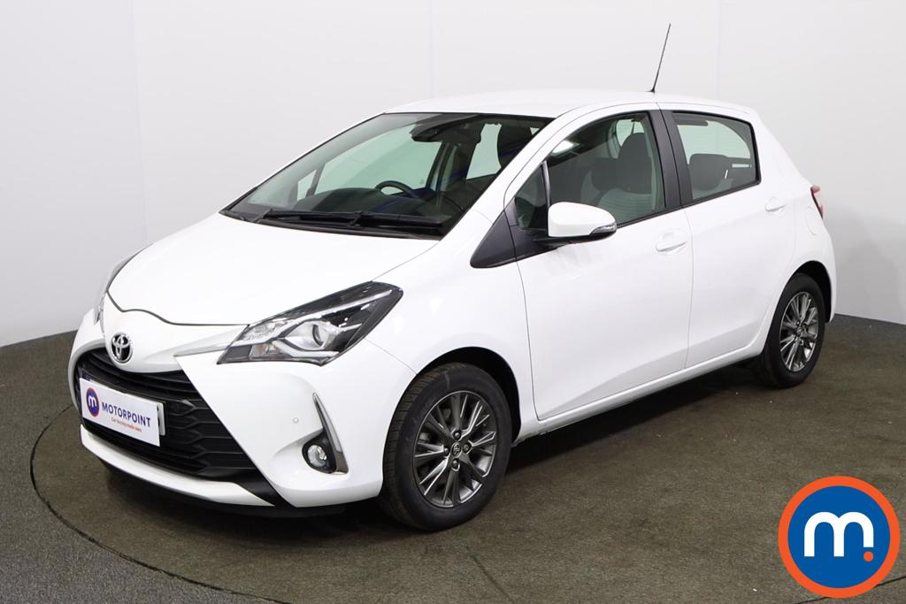 Toyota Yaris Icon Tech - Stock Number 1142604 Passenger side front corner