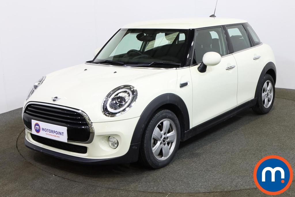 Mini Hatchback 1.5 Cooper II 5dr Auto - Stock Number 1146060 Passenger side front corner