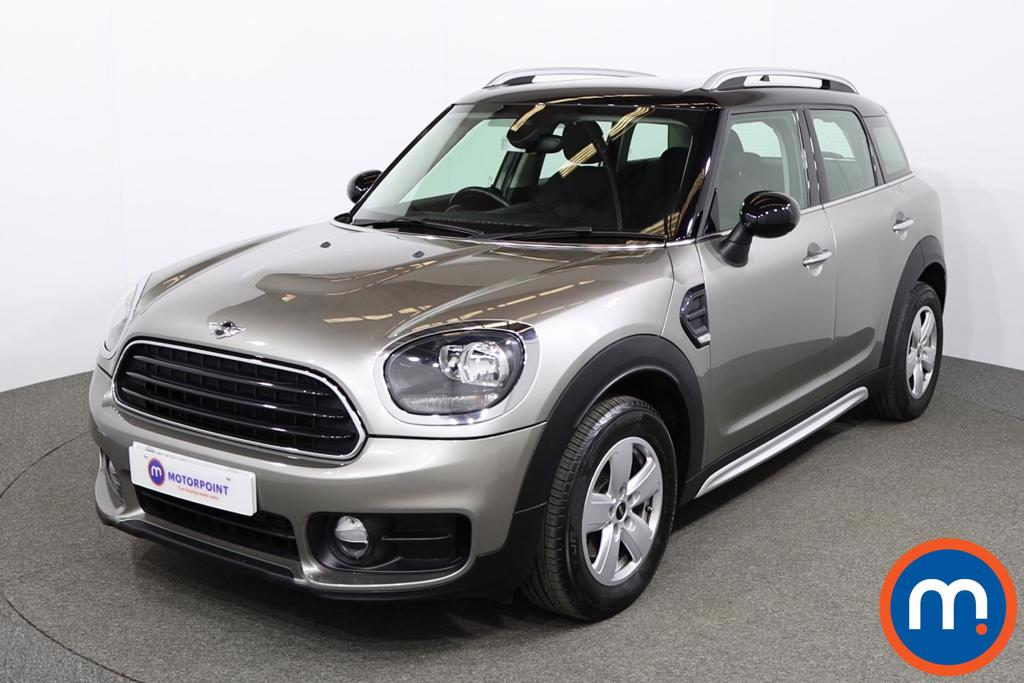 Mini Countryman Cooper - Stock Number 1146227 Passenger side front corner