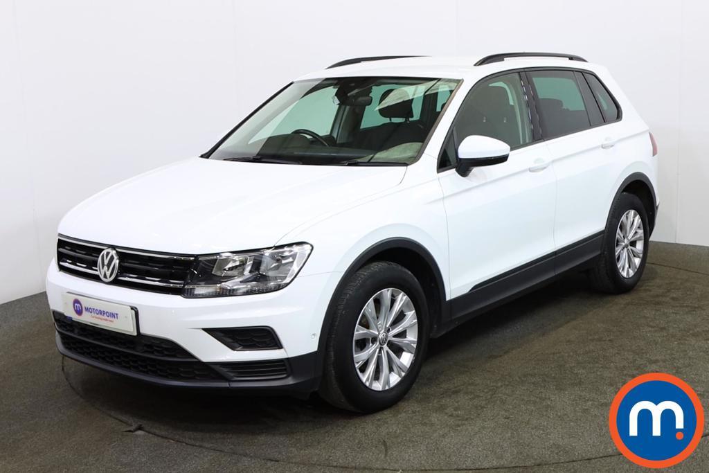 Volkswagen Tiguan S - Stock Number 1152123 Passenger side front corner