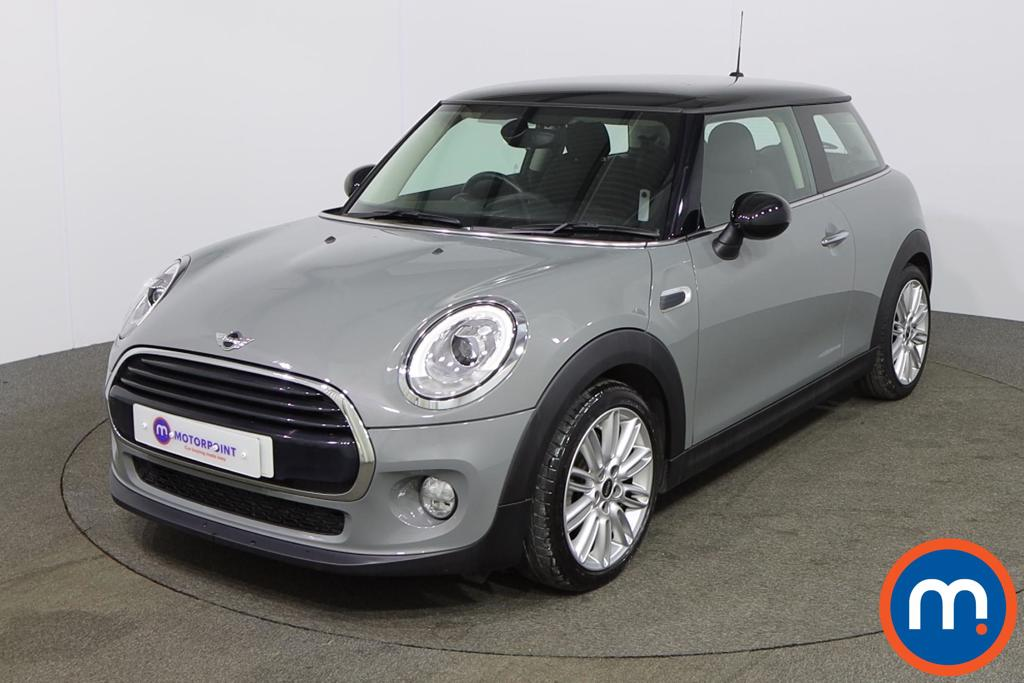 Mini Hatchback 1.5 Cooper 3dr Auto [Chili Pack] - Stock Number 1153063 Passenger side front corner
