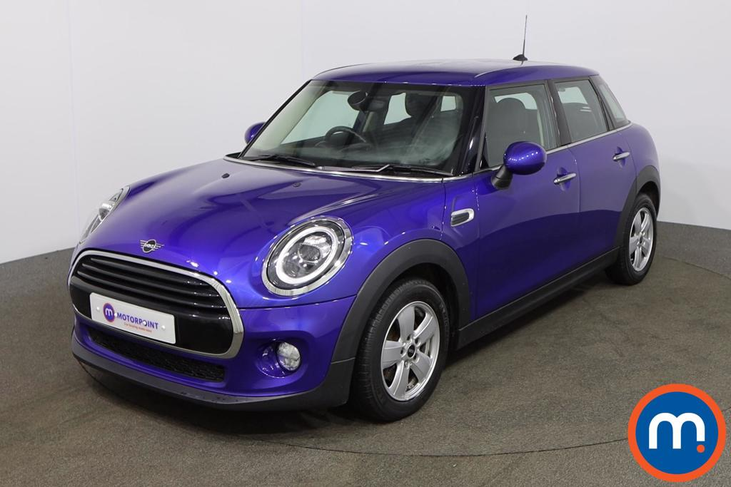 Mini Hatchback 1.5 Cooper II 5dr - Stock Number 1154155 Passenger side front corner