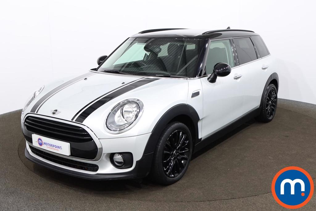Mini Clubman 1.5 Cooper Black Pack 6dr Auto - Stock Number 1160647 Passenger side front corner