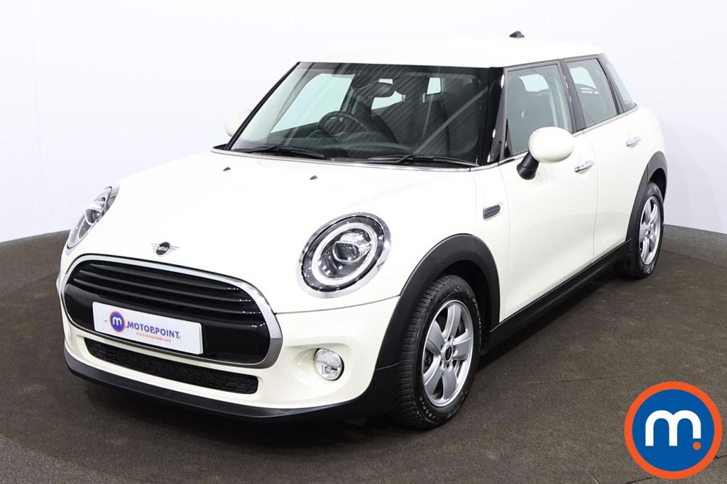 Mini Hatchback 1.5 Cooper II 5dr Auto - Stock Number 1142345 Passenger side front corner