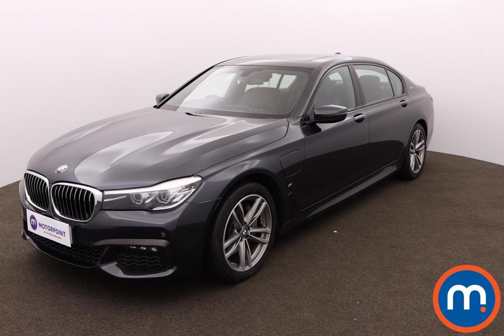 BMW 7 Series 740Le xDrive M Sport 4dr Auto - Stock Number 1161840 Passenger side front corner