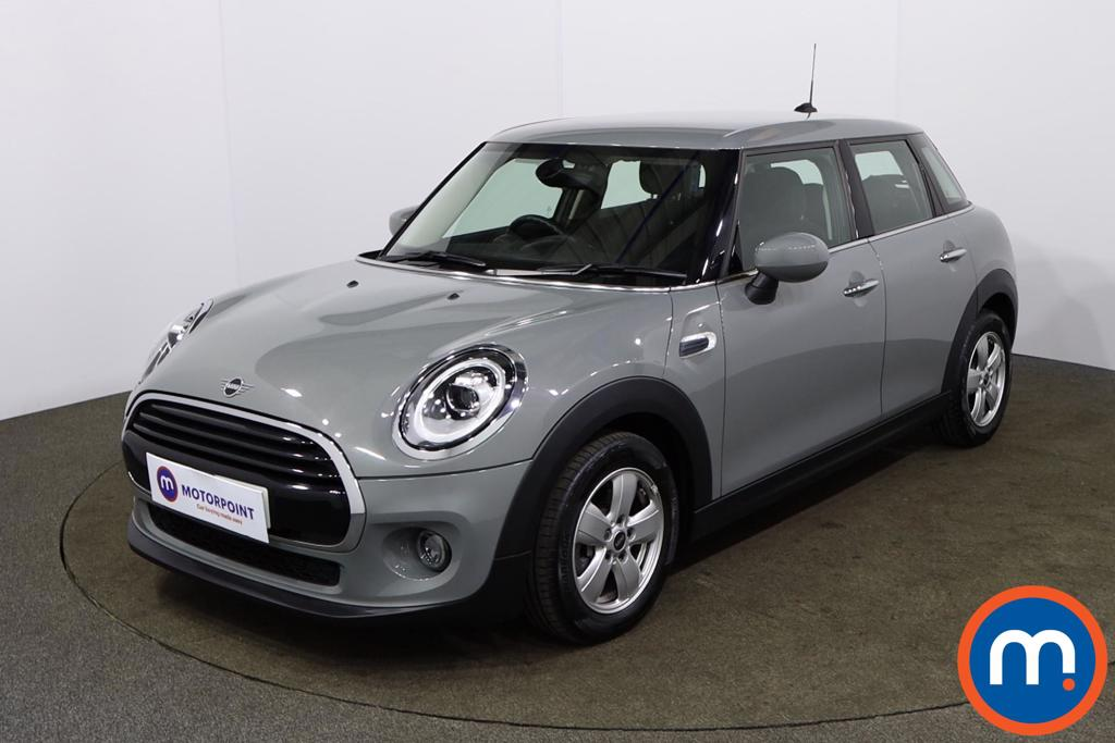 Mini Hatchback 1.5 Cooper Classic II 5dr Auto - Stock Number 1165689 Passenger side front corner