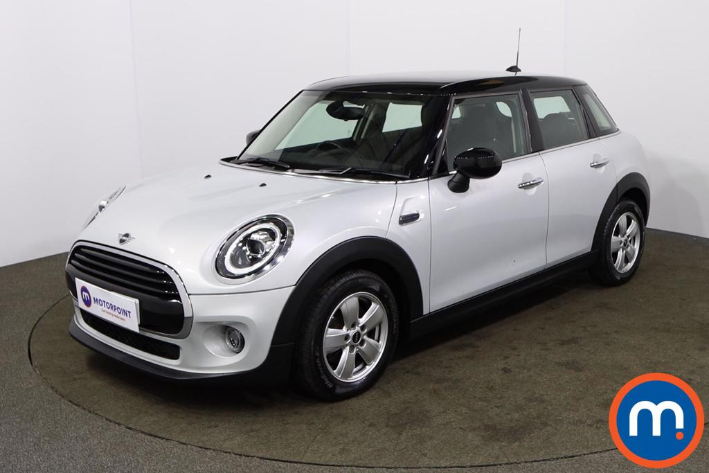 Mini Hatchback 1.5 Cooper Classic II 5dr Auto - Stock Number 1165367 Passenger side front corner