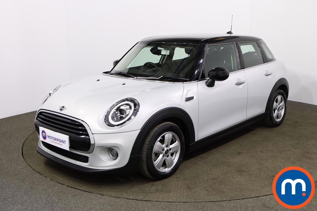 Mini Hatchback 1.5 Cooper Classic II 5dr Auto - Stock Number 1165710 Passenger side front corner