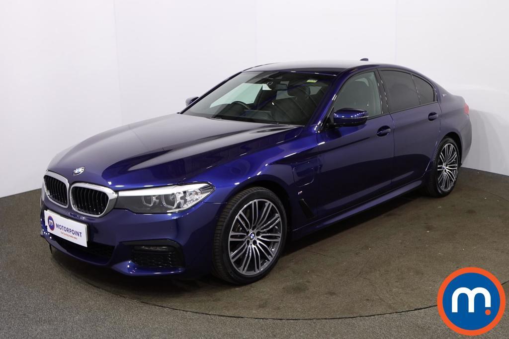 BMW 5 Series 530e M Sport 4dr Auto - Stock Number 1169655 Passenger side front corner