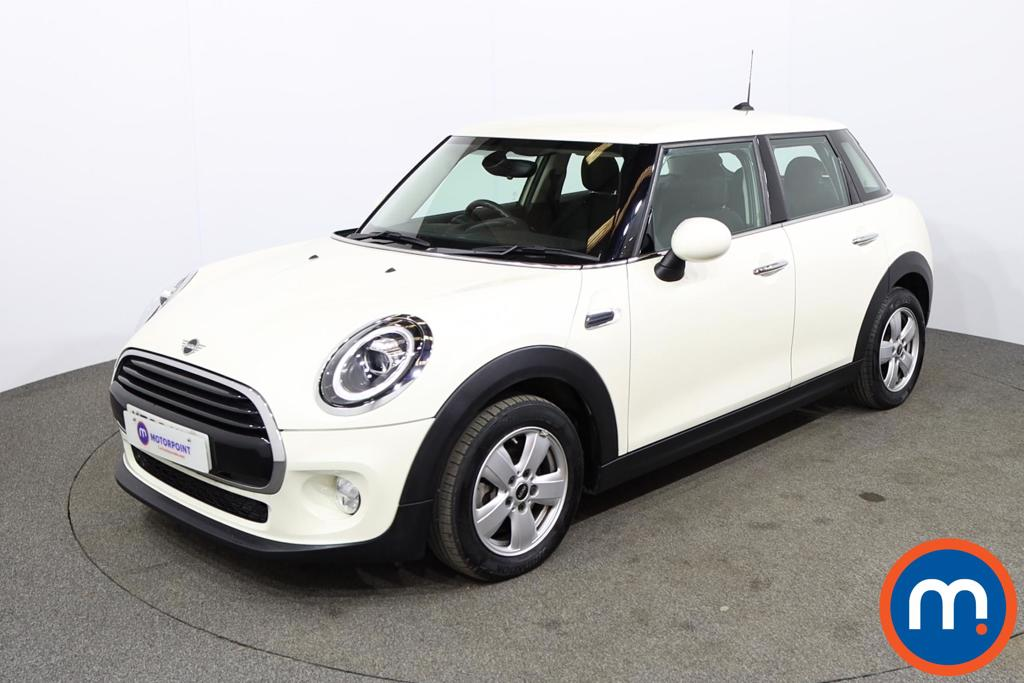 Mini Hatchback 1.5 Cooper II 5dr - Stock Number 1170110 Passenger side front corner