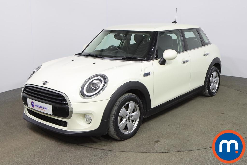 Mini Hatchback 1.5 Cooper II 5dr - Stock Number 1170103 Passenger side front corner