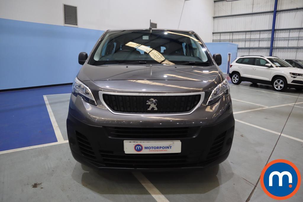 Peugeot Expert Combi 1.5 BlueHDi 120 Long 6dr - Stock Number 1172300 Passenger side front corner