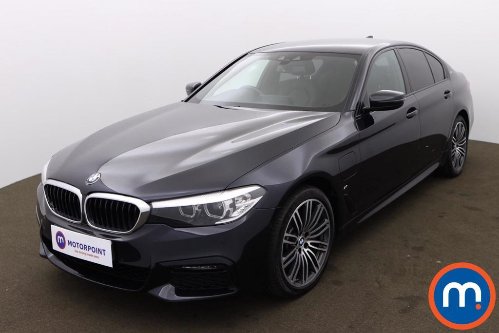 BMW 5 Series 530e M Sport 4dr Auto - Stock Number 1171108 Passenger side front corner